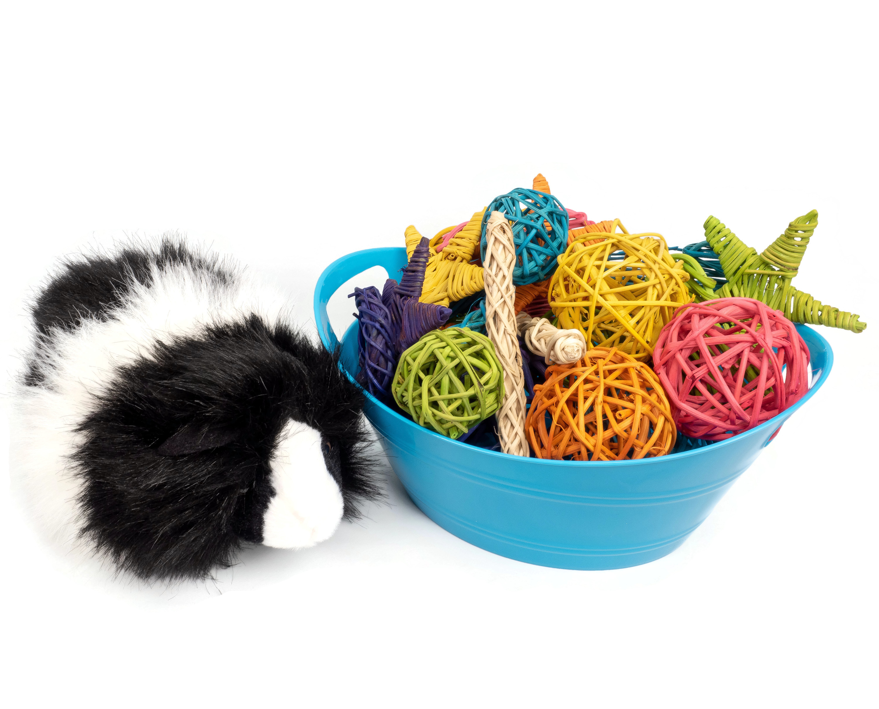 Fuzzy's Vine Chew Basket (Medium) - Loved by Bunny Rabbits, Guinea Pigs, Chinchillas, and Rats